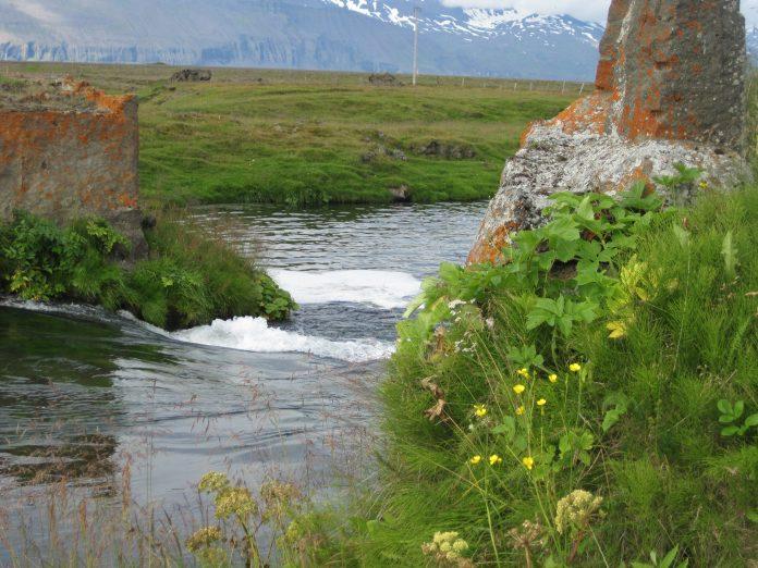 Laxá í Aðaldal, Brúarhylur